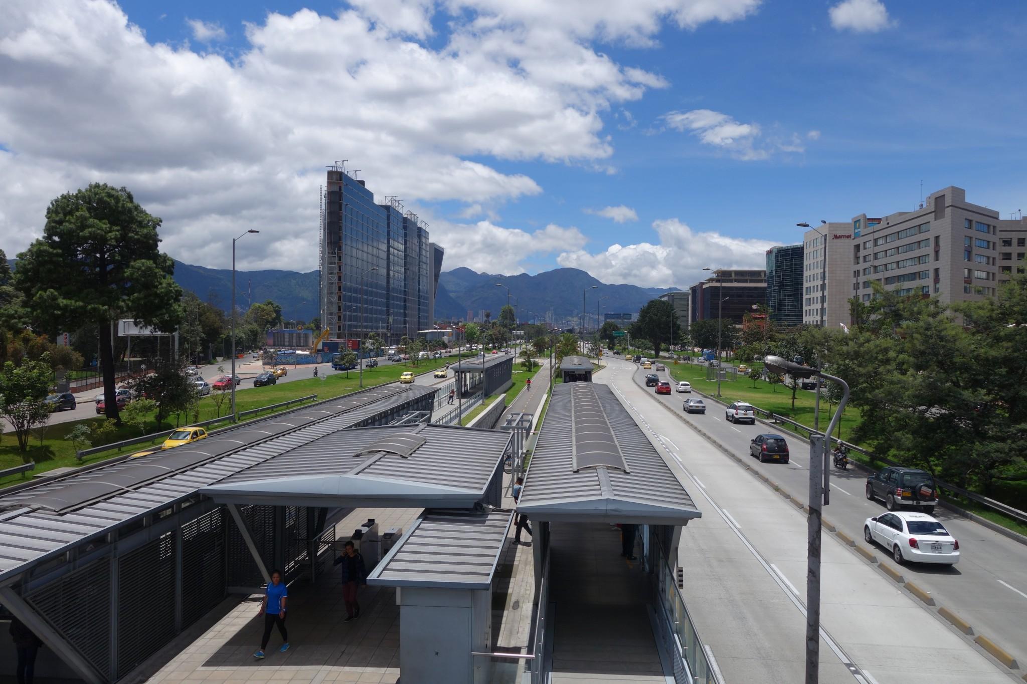 Aussicht in Bogota auf die Bus Linie