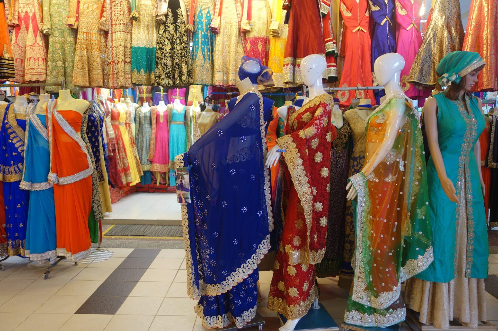 Singapur_LittleIndia_TekkaCentre_Sari_Kleidung