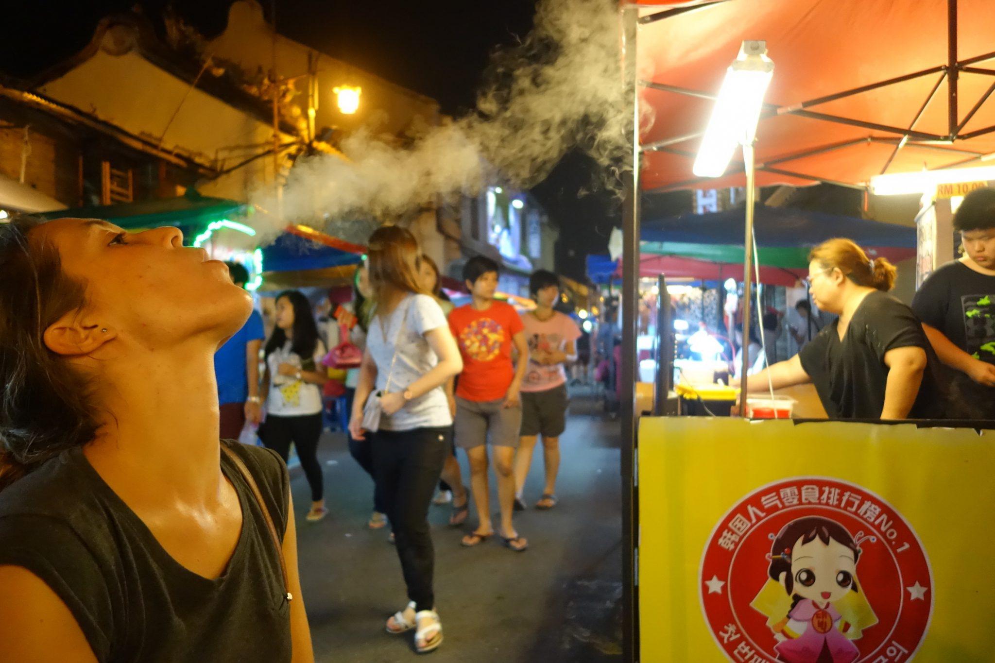 Melaka_Essen_JonkerStreetMarket_DragonBreath
